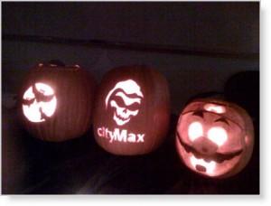 2009-10-31-pumpkins
